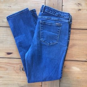 Eddie Bauer Slim Slightly Curvy Straight Jeans S14